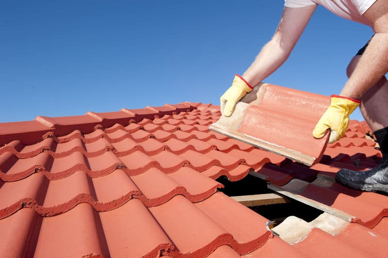 routine roof maintenance homeowners need to know